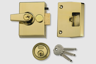 Nightlatch installation by Alexandra Palace master locksmith